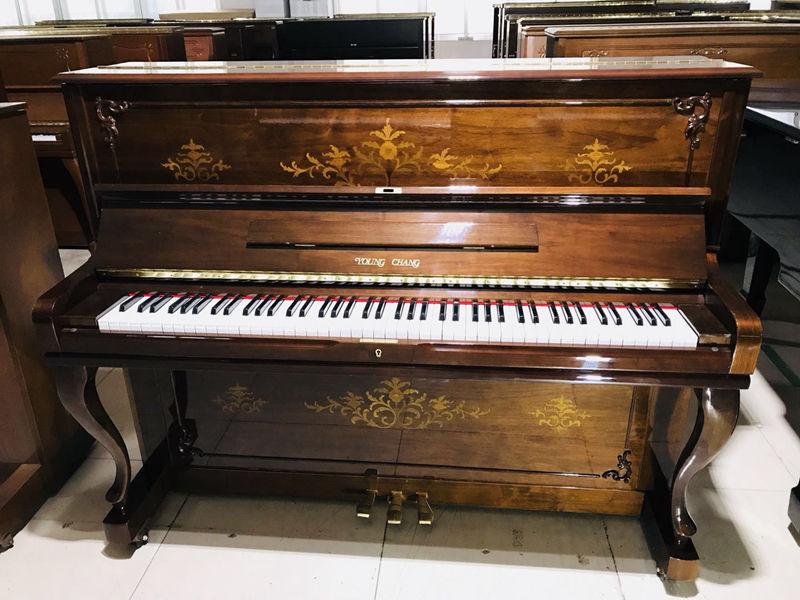 韩国二手钢琴
