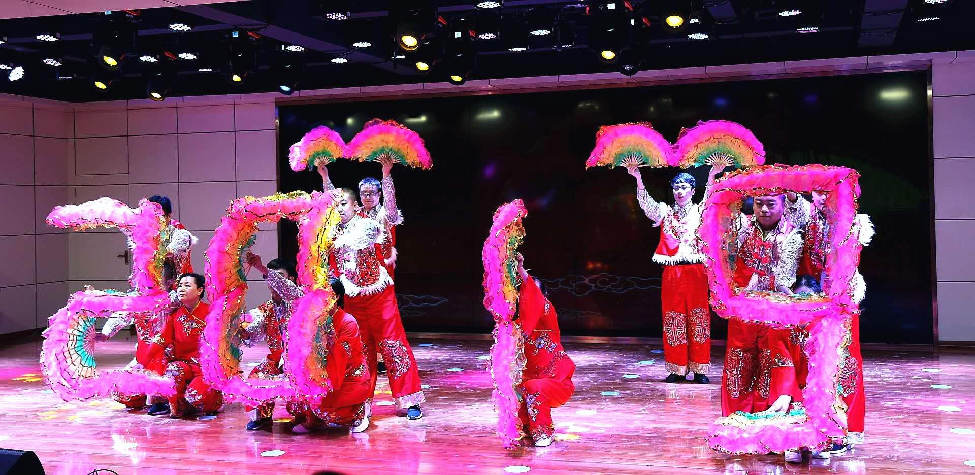 兰高阀积极筹备舞蹈《吉祥中国年》在新中国70年华诞之际为祖国母亲献礼
