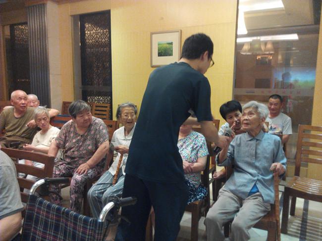 浙工大研究生暑期志愿者活动