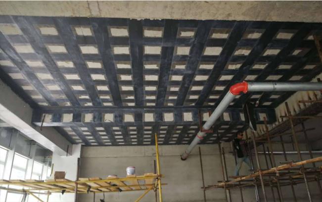 现浇板碳纤维加固可取吗?