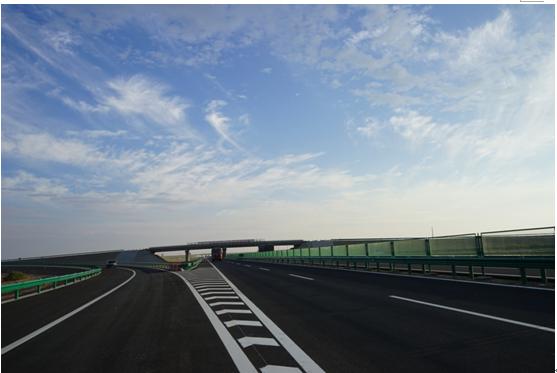 地球上的新飘带 —京新高速公路临白三标段建设贯通纪事