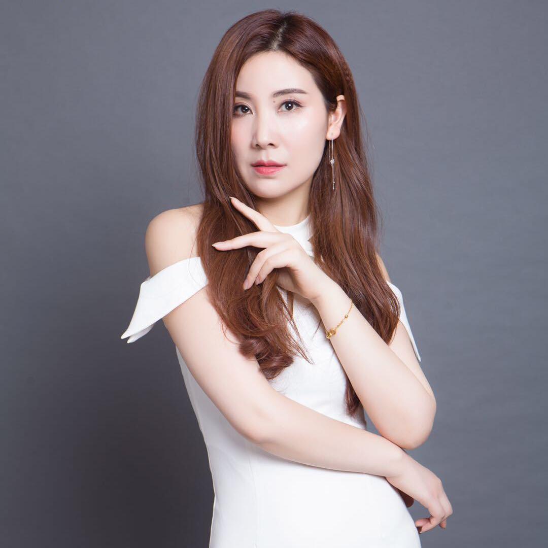 FGMD時尚魅力模特連鎖機構首席導師——周盈盈