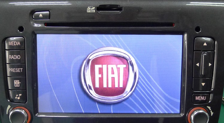 菲亚特专用接口盒
