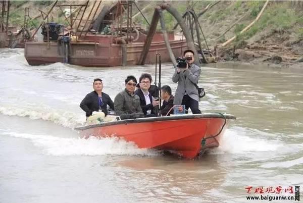 淮滨、潢川联合集中打击淮河非法采砂行为