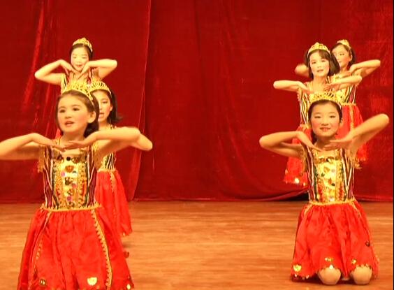 新疆叶城红军小学节目
