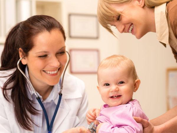 脑瘫儿童家长坚持康复治疗