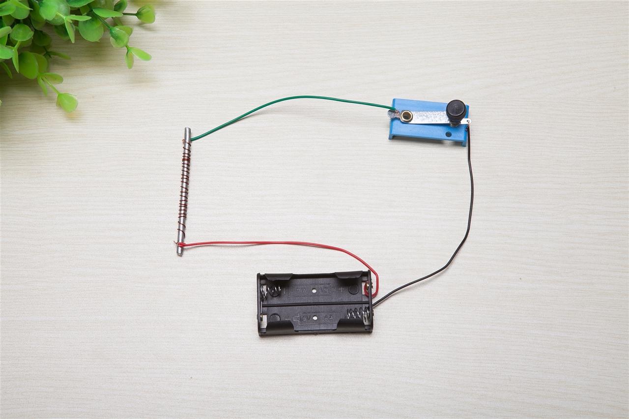mqb3-150-50电磁铁电路图
