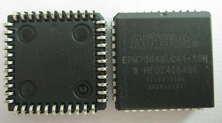 EPM7064SLC44-10N