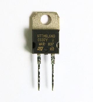 STTH5L06D