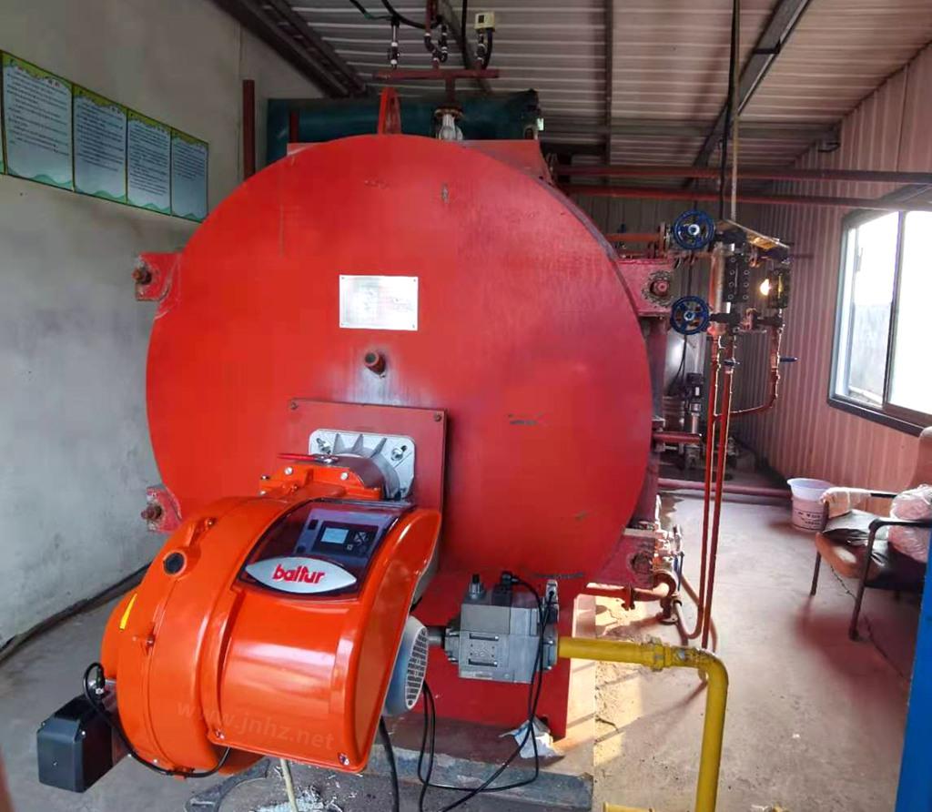 意大利百得BALTUR低氮80毫克,电子比例调节燃烧器(TBG200LX ME)配套中心回燃锅炉,日照案例