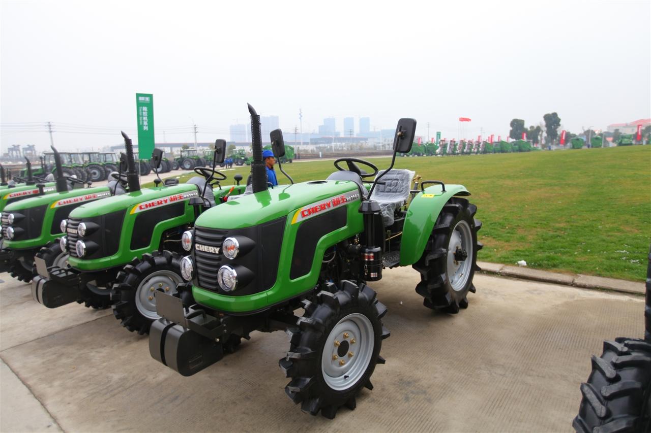 rd系列25-30hp四轮农用拖拉机