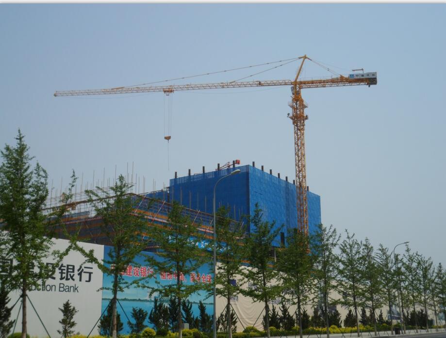 QTZ7027塔机——大连东港锦绣城项目
