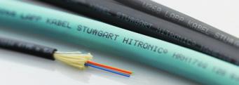 光缆专为传输大量数据而设计。以光缆为媒介的通信传输快速,高效并安全。