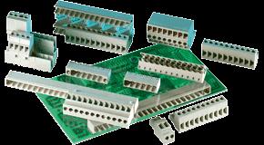 """应用于印刷线路板电气连接中的接线端子业内被成为PCB接线端子或PCB连接器,用于实现电气连接的一种配件产品,标准的PCB上头没有零件,也常被称为""""印刷线路板Printed Wiring Board(PWB)""""。"""