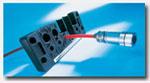 控制箱和各种机柜的制造商一定遇到过这个难题——如何让一根带插头的电缆顺利安全地通过箱壁。针对这个难题莫尔公司研发了一种可开发式的穿墙板系列。它能在箱壁上为所通过的电缆提供一个最理想的固定和保护功能。
