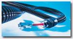 莫尔电缆保护软管和接头的组合能有效地防止外部因素如油、垃圾、水和各种碎片对电缆的影响。莫尔公司在这一领域已积累了丰富的经验,拥有超过900个型号的接头和200种不同的电缆保护软管。所有产品拆装方便快速,无需辅助工具。