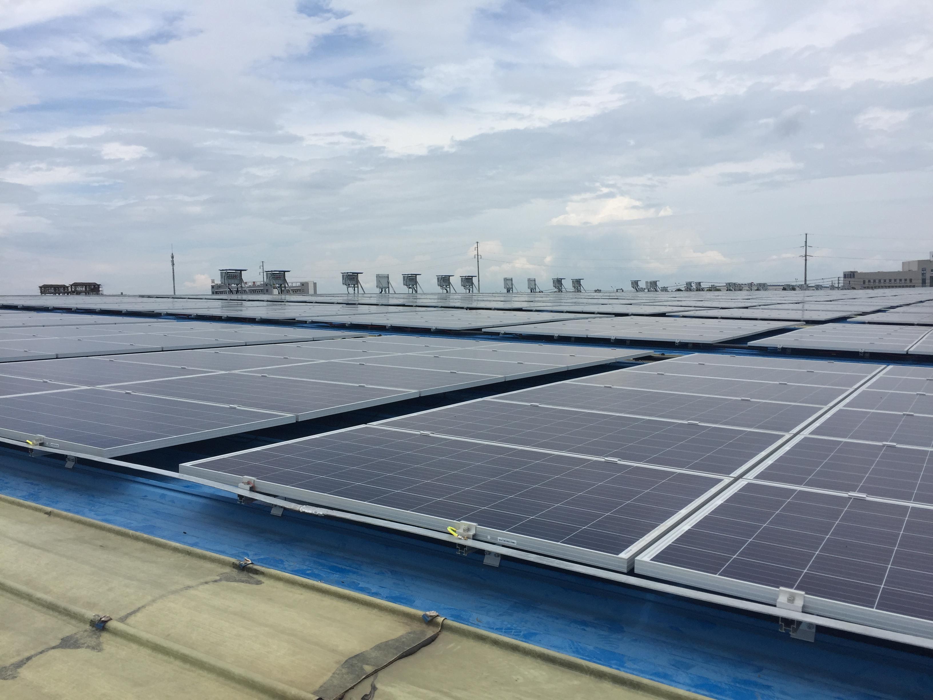 嘉寓亚博体育下载appios咸宁有限公司5.9MW发电项目6.30顺利并网发电
