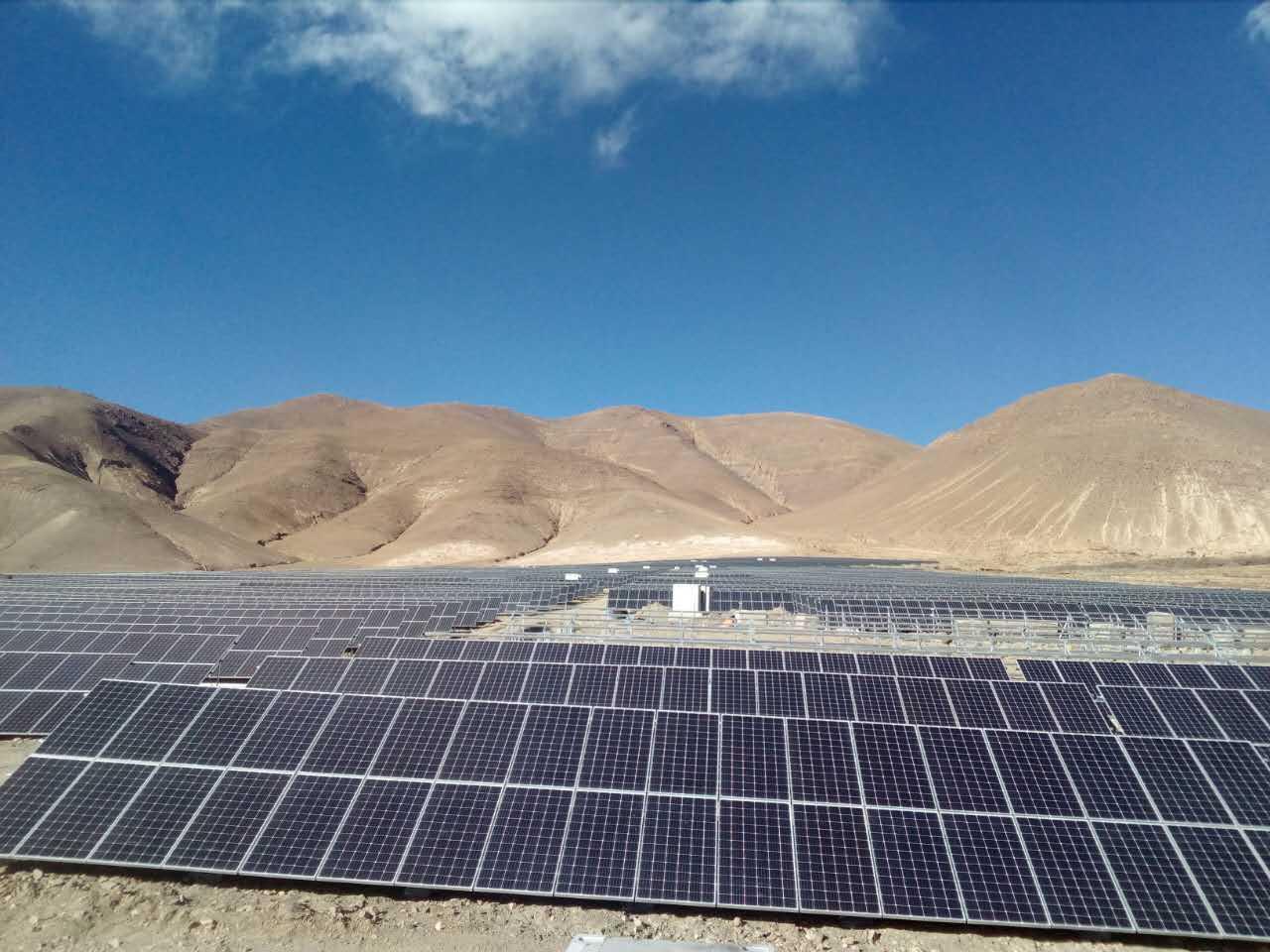西藏日喀则地区江孜县亚博体育下载appios电站建设现场