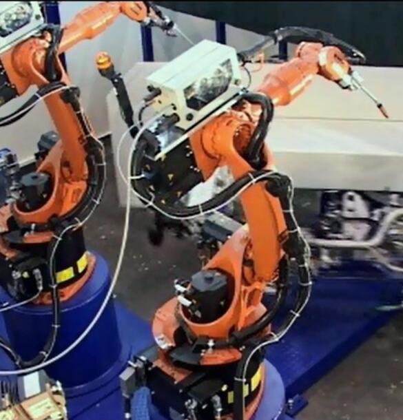 华蒙机器人 HR-5