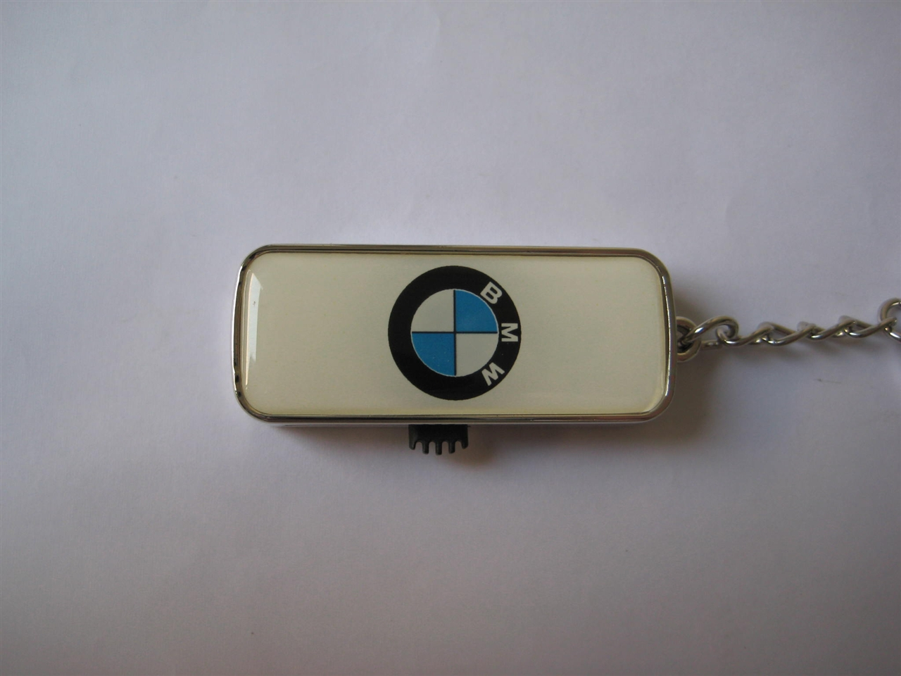 UFA167 -- BMW Epoxy Dome USB
