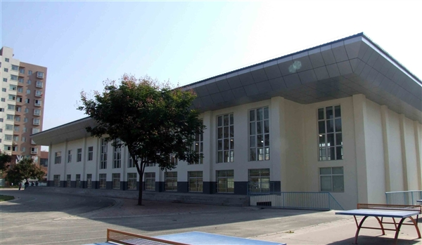 銅川市新區金漠小學體育中心