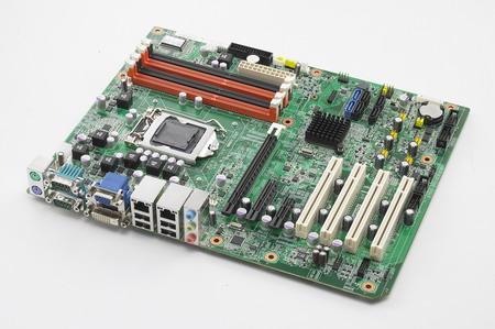 研华原装AIMB-781QG2-00A1E工业母板