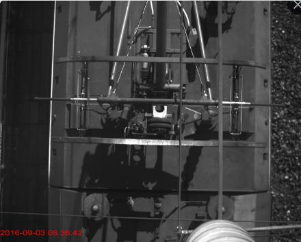 受电弓滑板监测装置