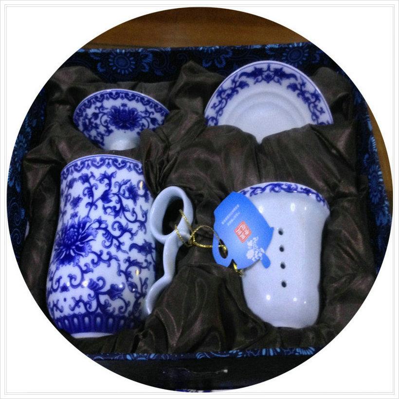 至正青花瓷:缠枝莲青花瓷4件套