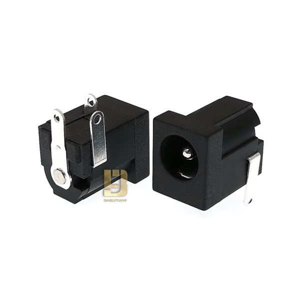 DC005FФ2.0/2.5 6.3(14*9*11)PA66 大电流5A 新型DC电源插座