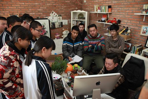 体验数码时代,感受动漫魅力——高一传媒班赴北京其欣然数码科技有限公司参观学习