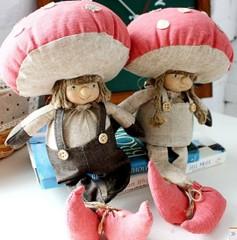 布艺鱼靠垫抱枕装饰品地中海家居摆件实木沙发坐垫靠垫