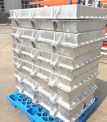 云轨列车铸铝电池箱