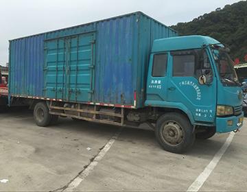 6.8米厢式货车图