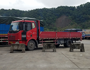 6.8米平板货车图