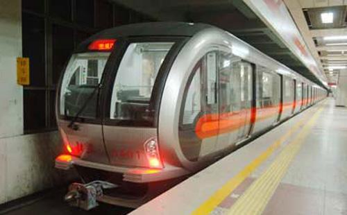 东直门地铁2号线