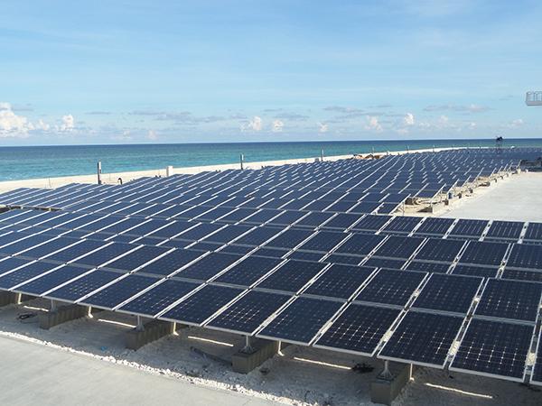 2015-年-为南海岛礁太阳能供电微网系统400KW