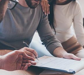 专人1对1对接,一个客户一个团队固定服务  免费提供各种网络咨询服务和具体解决方案,切实帮助企业客户互联网化问题
