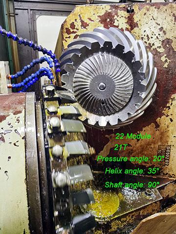 Transmission Gears-Spiral Bevel Gear Milling