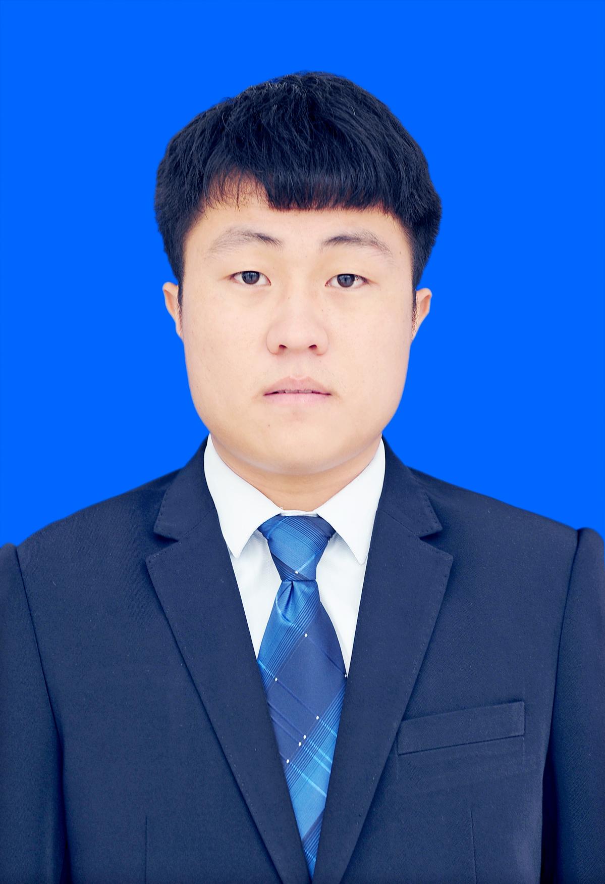 执业律师:任文涛