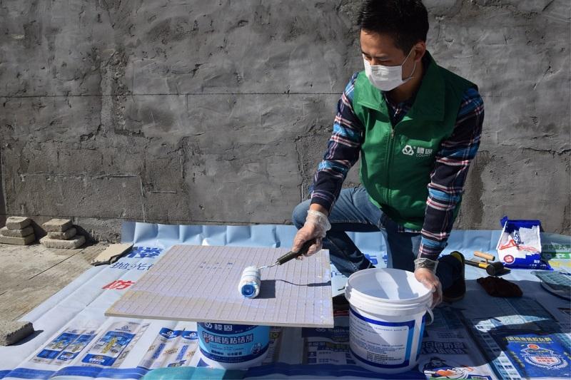 轩彩娱乐手机客户端下载瓷砖粘结剂使用方法