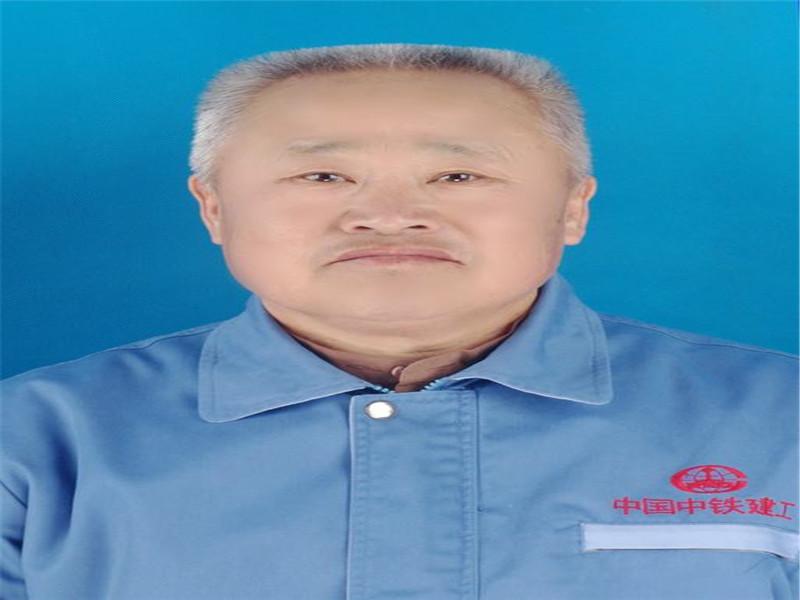 王斌-起重机教练