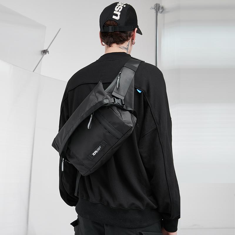 81906   ¥260   黑色