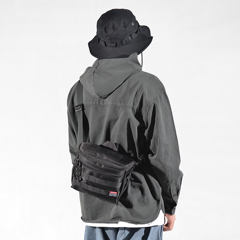 20896#黑色 徕卡微单相机包 ¥260