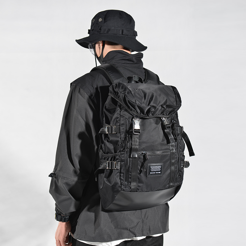 22006# 黑色  ¥392