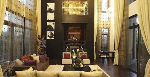 别墅客厅迎门装修设计 高端大气上档次