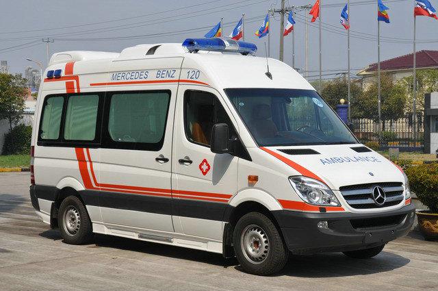 全顺福星Ⅱ监护型救护车