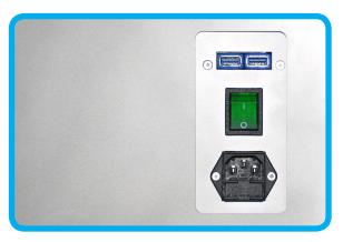 三叉电源插头、开关按钮、调试接口