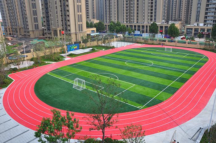 中原区澜景小学vwin德赢登录跑道
