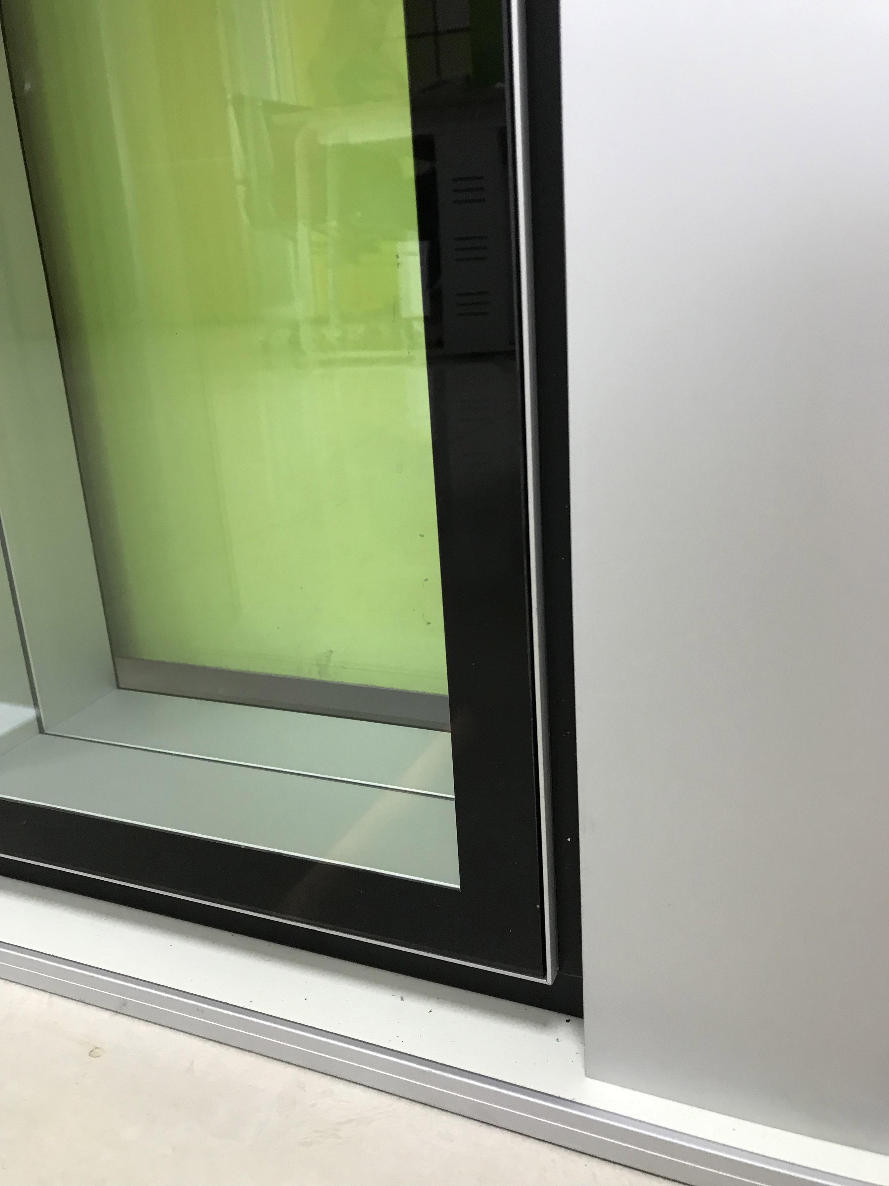 公司新品 108隐框 三玻静音 双玻内钢
