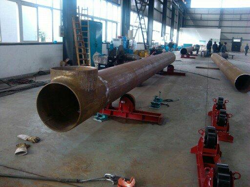 筒体环缝焊接滚轮架